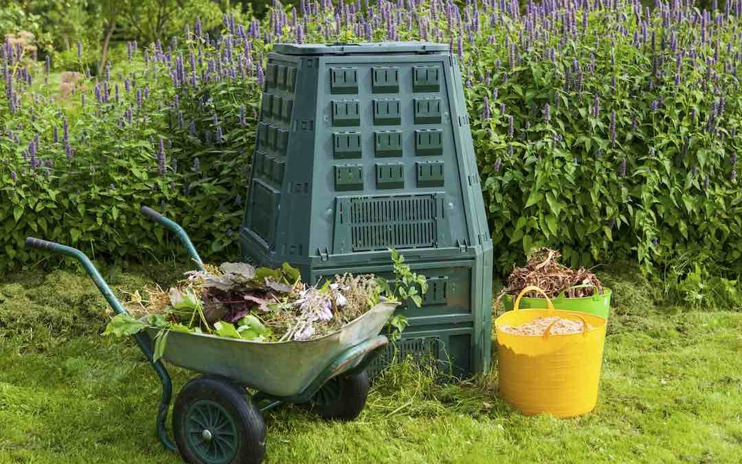 How to DIY a Compost Bin for your Home: 7 Easy Steps