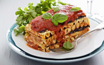 Vegan Entrees: From Whole Foods to Comfort Foods, The Best Recipes to Keep Dinner Delicious